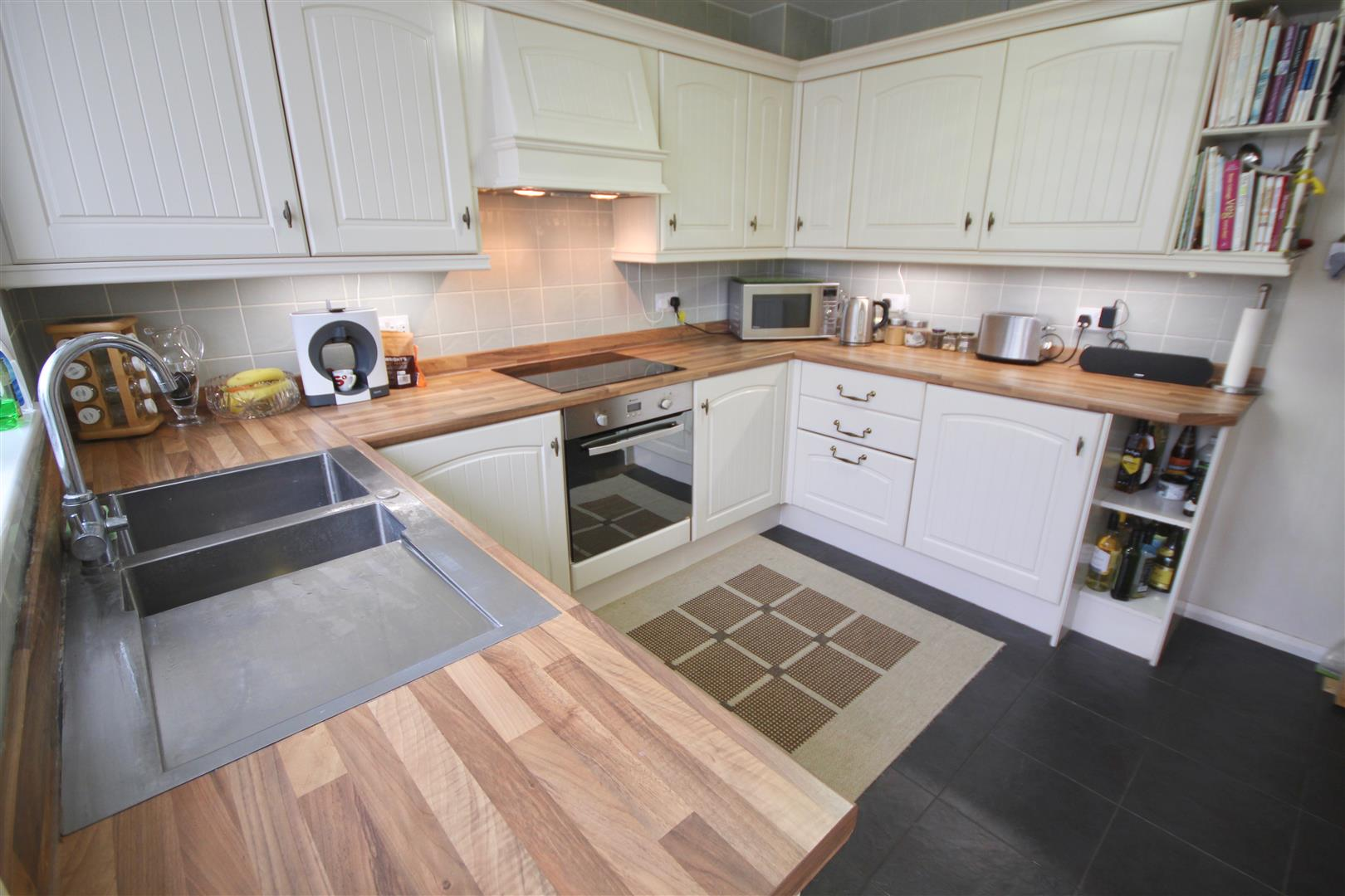 3 Bedrooms Terraced House for sale in Minstead Road, EASTNEY, Portsmouth, Hampshire